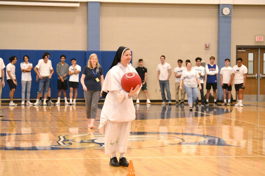 219 04 Savio Kickball Seniors v Faculty (105)edits